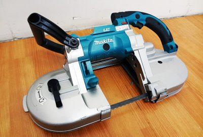 makita 充電式ポータブルバンドソー PB180D-1