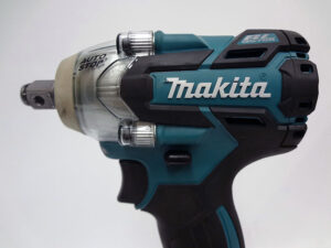 Makita充電式インパクトレンチTW285DRGX-4